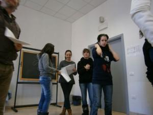 Fotografia scattata durante un esercitazione teatrale
